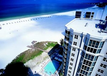 Gullwing Beach Resort, Fort Myers Beach, Florida - vacation special